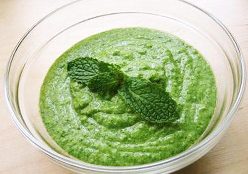 Makar Sankranti Special: Green garlic salt made to eat with peanuts